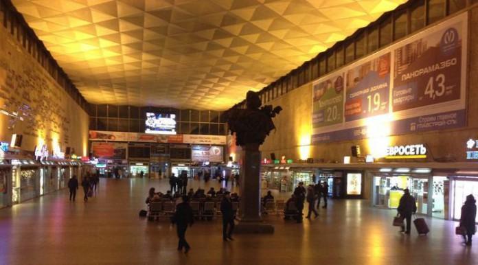 Московский вокзал эвакуировали из-за анонимного звонка о бомбе