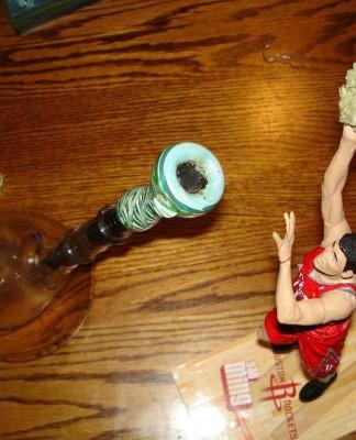 Переехавший из Голландии мужчина выращивал марихуану в Ленобласти