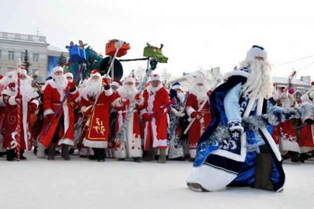 Рождественская ярмарка на Московской площади Санкт-Петербурга