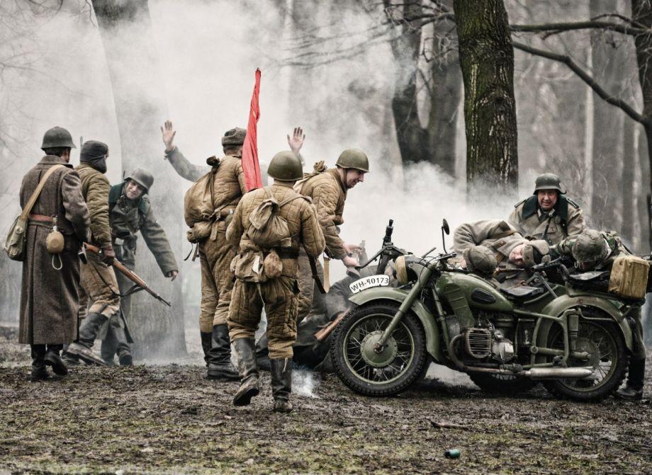 Для бойцов, интеллектуалов и джентльменов: где провести 23 февраля в СПб