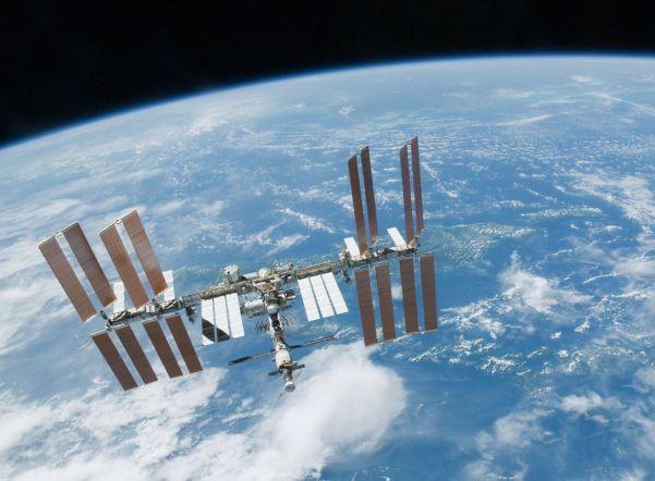 Жители Петербурга смогут увидеть МКС на небе невооруженным глазом