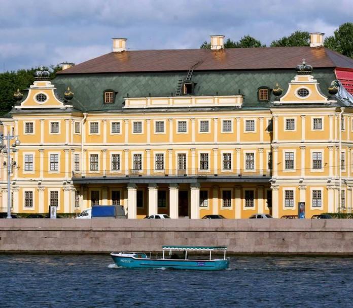 Легендарный дворец Меншикова можно посетить бесплатно